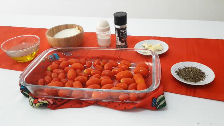 Receta de tomates confitados para fiestas