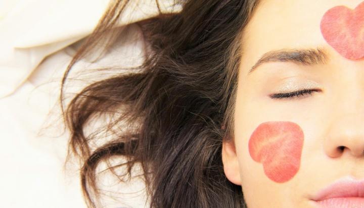 ¿Por qué deberías hacerte una limpieza facial?