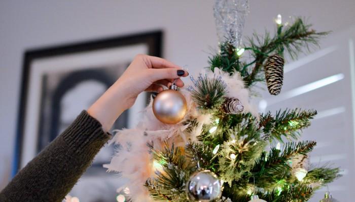 06 ideas creativas para tener uñas navideñas decoradas