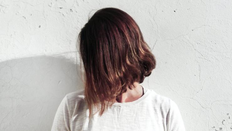 cosas que hacemos que dañan nuestro cabello